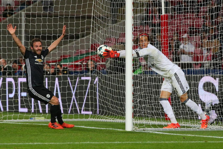 manchesterunited-vs-benfica-goal